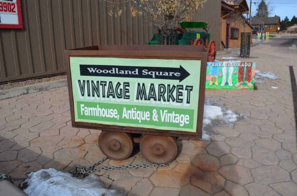 You can find several shops, boutiques, restaurants and other places in downtown Woodland Park.