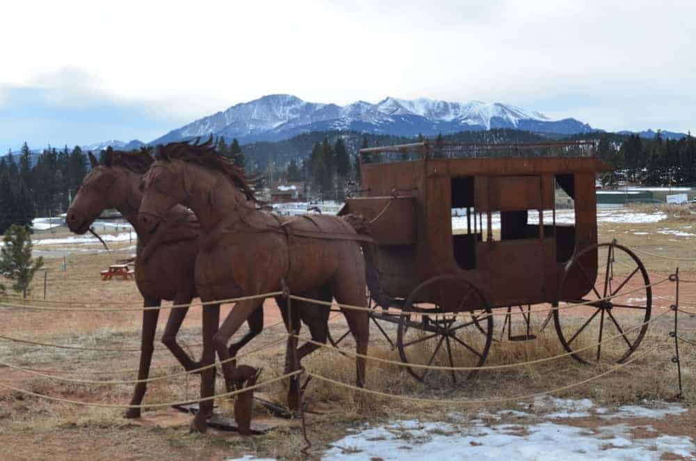 This beautifully sculpted horse-drawn carriage reminds people of the life of the early settlers in the area.