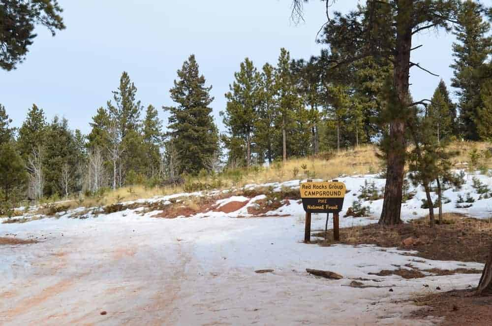 The Red Rocks Group Campground offers a nice place for campers where they can have a picnic and other outdoor activities.