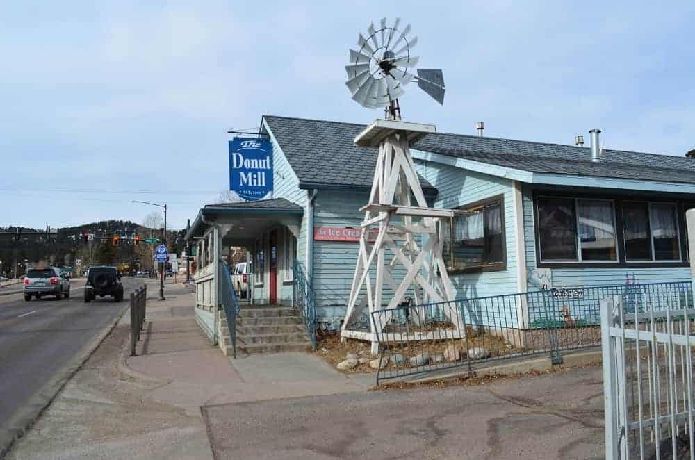 The front view of the Donut Mill.