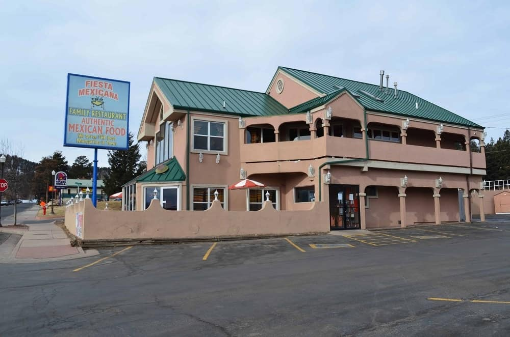Located in downtown Woodland Park, Fiesta Mexicana is the most popular choice for people who went to some outdoor activities and are really starving. They serve snacks right away so you can still hold your hunger while your meal is being prepared.