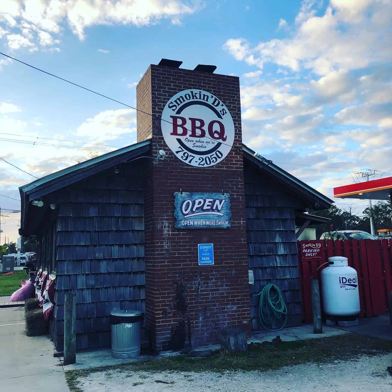 Smokin' D's BBQ exterior.