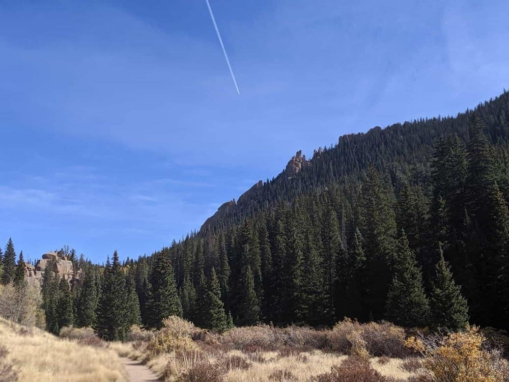 A view of The Crags Trail.