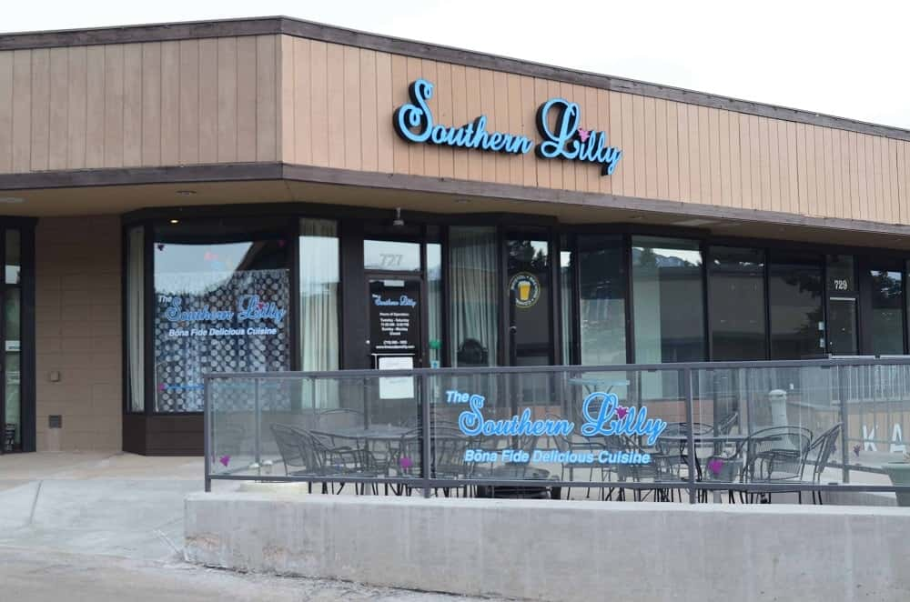 The Southern Lilly restaurant serves lunch and dinner to the locals and tourists. It is on the northern end of downtown Woodland Park.