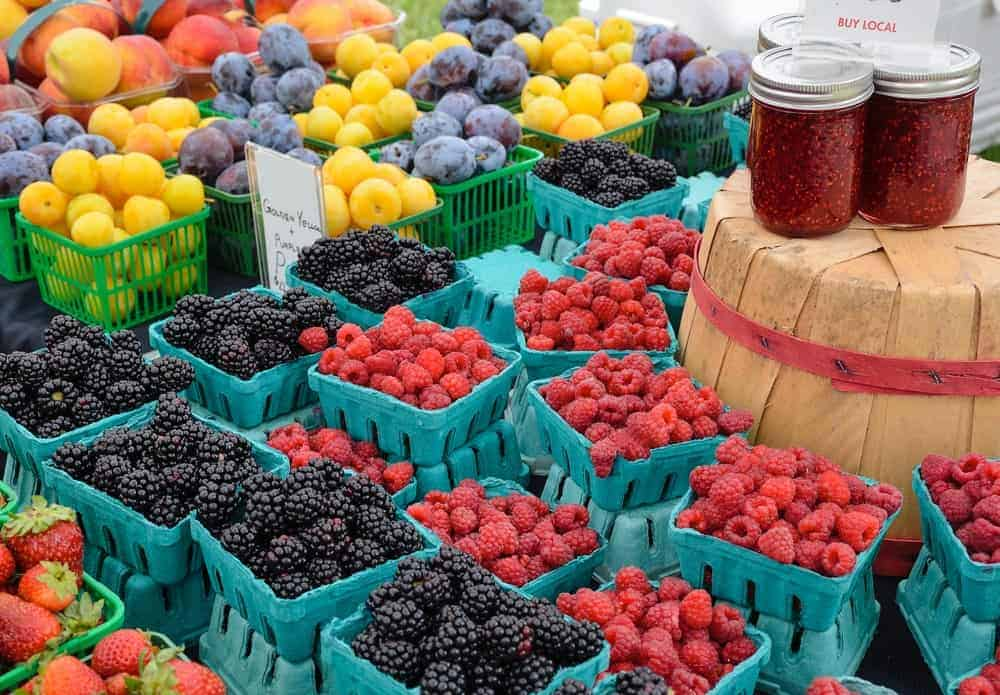 Assorted berries on the outdoor Bayview Farmers Market.