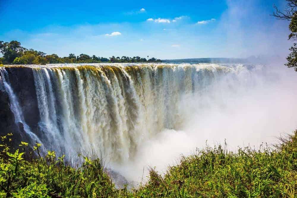 A view of the massive Victoria falls.