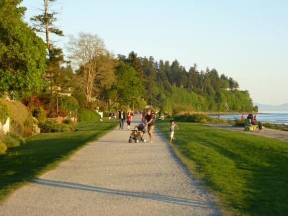 Promenade walk at Crescent Beach, BC (Surrey)