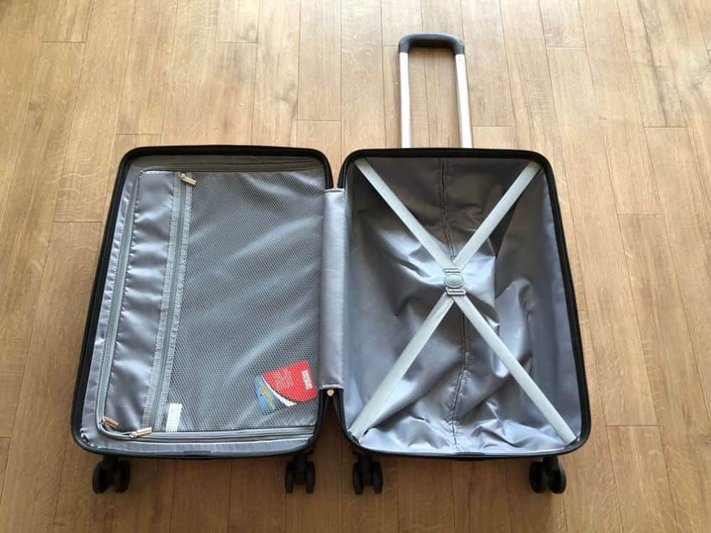 """Interior of the Coolife Hardshell 24"""" suitcase"""