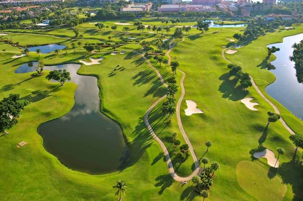 Here's a bird's eye view of one of Florida's premiere Golf Club. St. Johns Golf Club is a course for all skill level and is also kids-friendly.