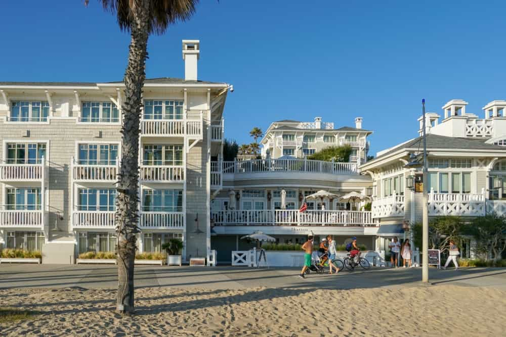 A look at the beachfront hotel in Santa Monica Beach with multiple verandas and balconies.