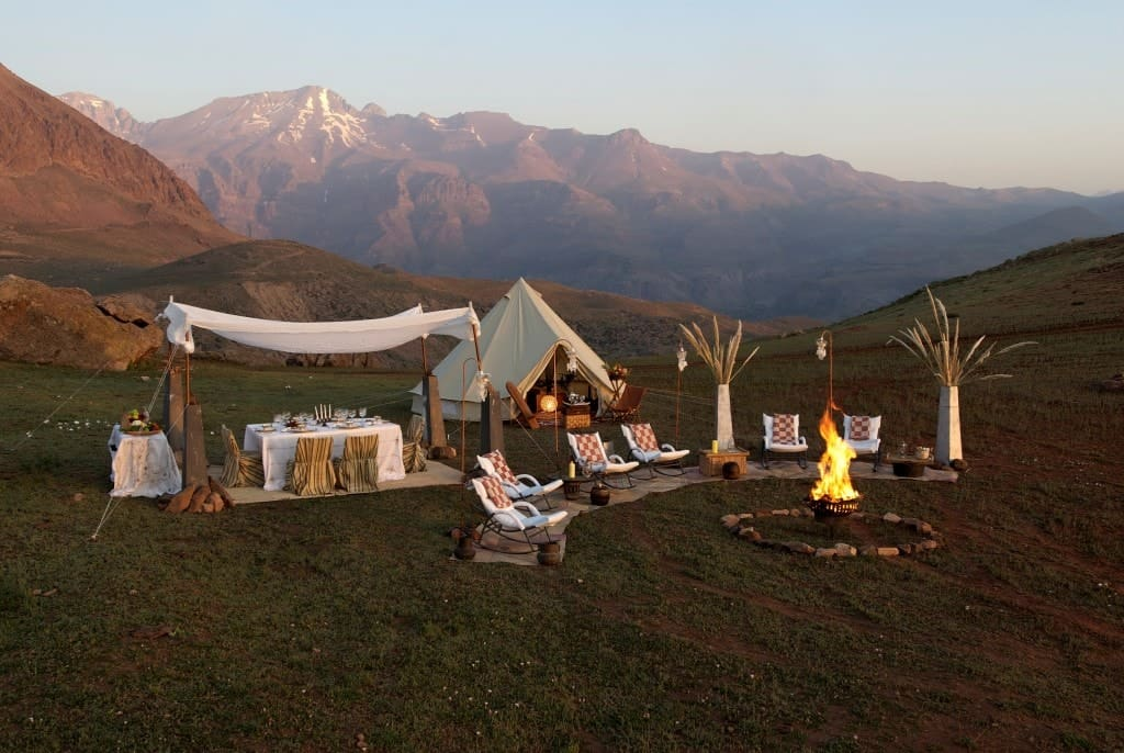 A luxury camp site set up in the beautiful mountains.