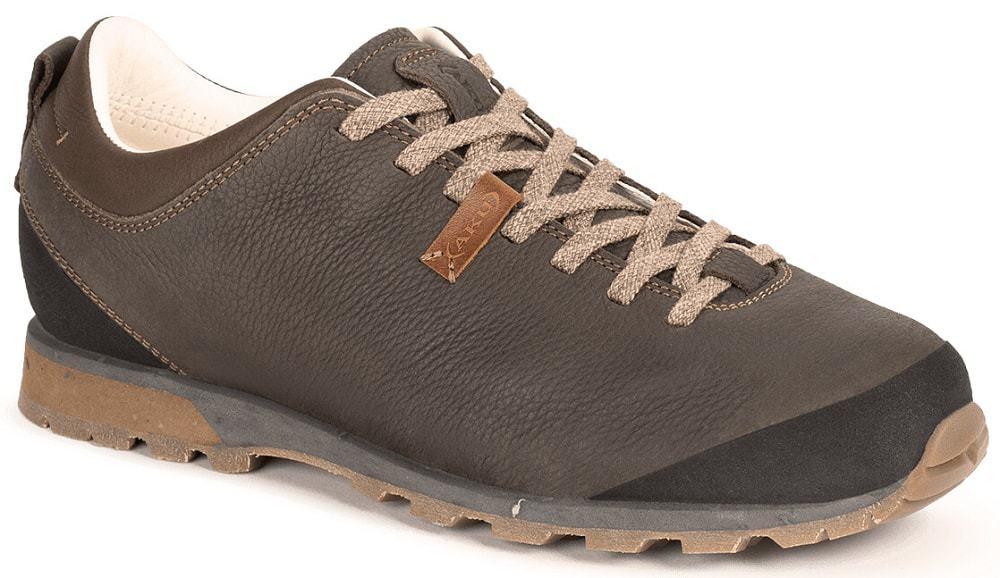 Bellamont Plus Shoe from AKU in brown.