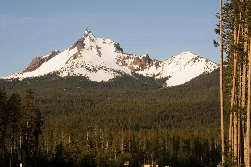 The south side of Mt. Thielsen in the summer.