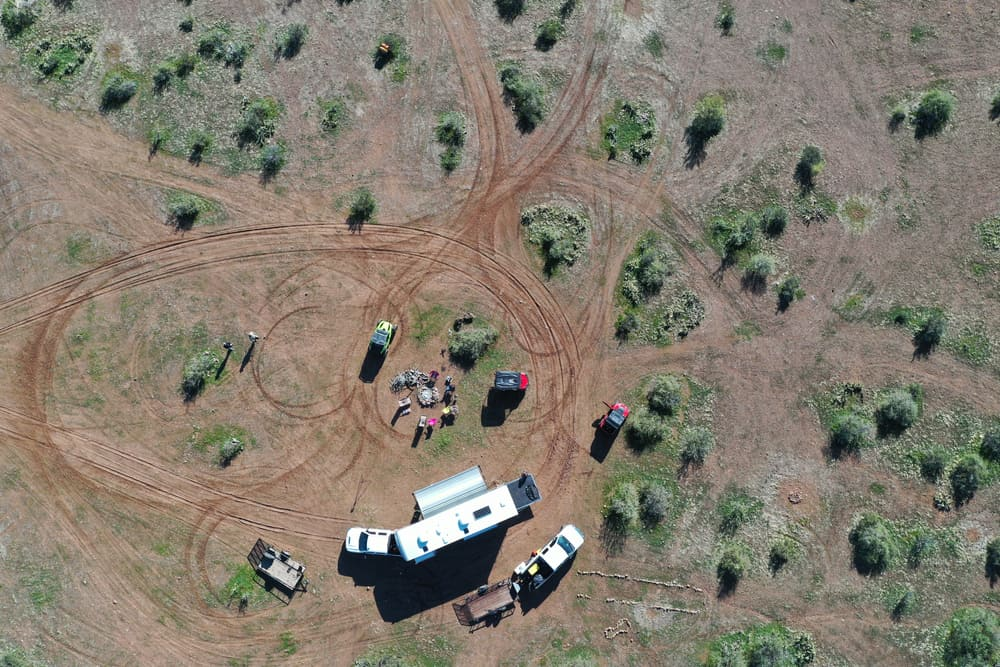 This is an aerial view of campers boondocking at the camping grounds.