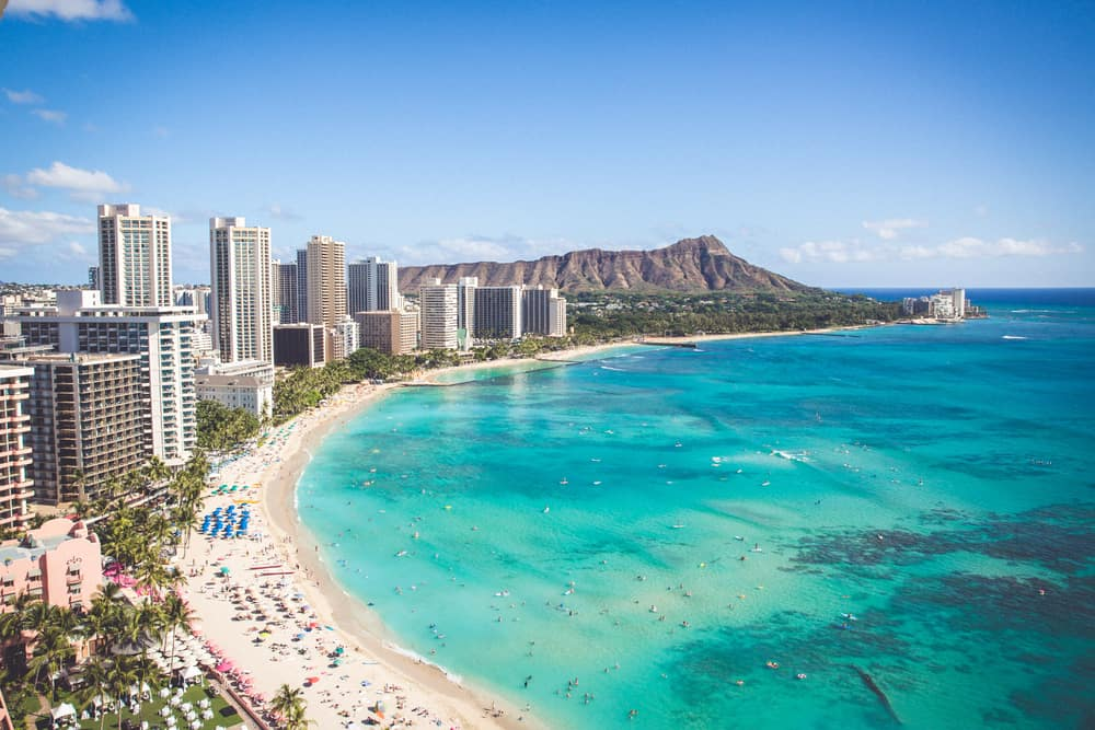 This is an aerial view of the beach of Oahu in Hawaii.